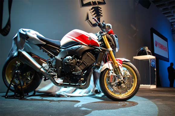 big_yamaha_fz1_abarth_2008_01