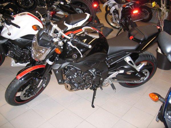 fz1-special-black